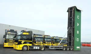 Zeecontainer verikaal transport Nederland